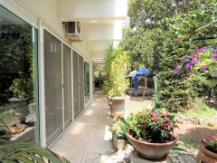 ea_Maffei_giardino_e_finestre_sogg